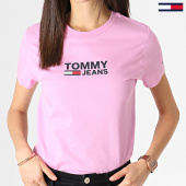 /achat-t-shirts/tommy-hilfiger-jeans-tee-shirt-femme-corp-logo-7029-rose-183004.html