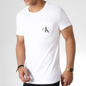 /achat-t-shirts-poche/calvin-klein-tee-shirt-poche-monogram-2993-blanc-183456.html