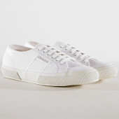 /achat-baskets-basses/superga-baskets-cotu-classic-2750-total-white-183448.html