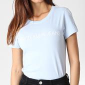 /achat-t-shirts/calvin-klein-tee-shirt-femme-institutional-logo-7940-bleu-clair-blanc-184094.html