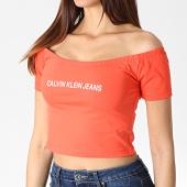 /achat-t-shirts/calvin-klein-top-femme-crop-col-bateau-institutional-logo-1494-corail-blanc-184101.html
