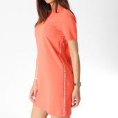 /achat-robes/calvin-klein-robe-tee-shirt-femme-logo-tape-1556-corail-184107.html