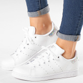 https://www.laboutiqueofficielle.com/achat-baskets-basses/baskets-femme-stan-smith-ee8483-footwear-white-diamond-184368.html