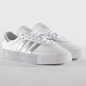 https://www.laboutiqueofficielle.com/achat-baskets-basses/adidas-baskets-femme-sambarose-ee9017-footwear-white-silver-metal-core-black-184674.html