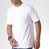 /achat-t-shirts/calvin-klein-jeans-tee-shirt-poche-hero-logo-2756-blanc-184903.html