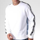 /achat-sweats-col-rond-crewneck/versace-jeans-sweat-crewneck-a-bandes-uup302-tape-logo-b7gua7fh-blanc-noir-bleu-184861.html