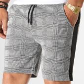/achat-shorts-jogging/aarhon-short-jogging-carreaux-avec-bandes-19-047-gris-noir-185680.html