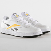 /achat-baskets-basses/reebok-baskets-club-c-85-ef8839-white-black-toxic-yellow-185650.html