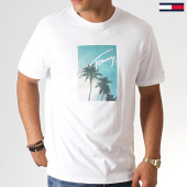 /achat-t-shirts/tommy-hilfiger-jeans-tee-shirt-printed-photo-6481-blanc-185569.html
