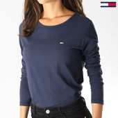 /achat-t-shirts-manches-longues/tommy-hilfiger-jeans-tee-shirt-manches-longues-femme-soft-jersey-6900-bleu-marine-186126.html