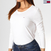 /achat-t-shirts-manches-longues/tommy-hilfiger-jeans-tee-shirt-manches-longues-femme-soft-jersey-6900-blanc-186128.html
