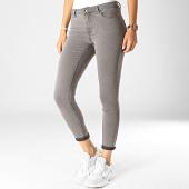 /achat-jeans/vero-moda-jean-slim-femme-julia-gris-186401.html