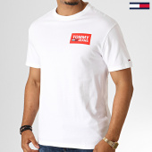 /achat-t-shirts/tommy-hilfiger-jeans-tee-shirt-back-multilogos-6671-blanc-186540.html