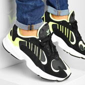 /achat-baskets-basses/adidas-baskets-yung-1-ee5317-core-black-hi-res-yellow-186950.html