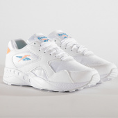 /achat-baskets-basses/reebok-baskets-femme-torch-hex-dv8579-white-sunglow-cyan-187297.html