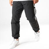 /achat-pantalons-joggings/adidas-pantalon-jogging-a-bandes-lock-up-ed6097-noir-blanc-187351.html