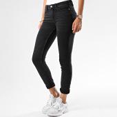 https://www.laboutiqueofficielle.com/achat-jeans/only-jean-skinny-femme-jake-noir-187401.html
