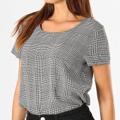 /achat-t-shirts/only-tee-shirt-a-carreaux-first-noir-blanc-187765.html