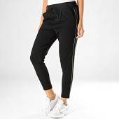 /achat-pantalons-carreaux/only-pantalon-femme-avec-bandes-poptrash-noir-vert-kaki-blanc-187778.html