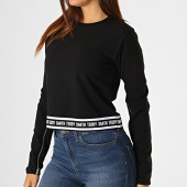 https://www.laboutiqueofficielle.com/achat-sweats-col-rond-crewneck/teddy-smith-sweat-crewneck-femme-crop-tania-noir-187756.html