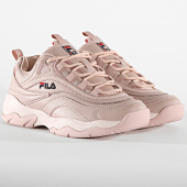 /achat-baskets-basses/fila-baskets-femme-ray-low-1010562-71p-rose-smoke-187974.html