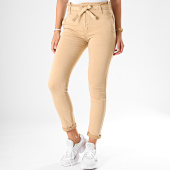 https://www.laboutiqueofficielle.com/achat-jeans/girls-only-jean-slim-femme-071-beige-187931.html