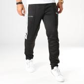 /achat-pantalons-joggings/puma-pantalon-jogging-a-bandes-mercedes-amg-petronas-motorsport-595358-noir-187855.html