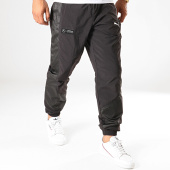 /achat-pantalons-joggings/puma-pantalon-jogging-mercedes-amg-petronas-motorsport-street-595361-noir-187867.html
