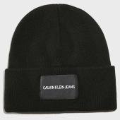 /achat-bonnets/calvin-klein-jeans-bonnet-k50k504935-noir-188265.html