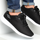 /achat-baskets-basses/umbro-baskets-hillock-724970-61-noir-188257.html