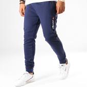 /achat-pantalons-joggings/ellesse-pantalon-jogging-a-bandes-1034n-flavien-bleu-marine-188451.html