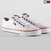 /achat-baskets-basses/tommy-hilfiger-jeans-baskets-classic-long-lace-em0em00393-white-188431.html