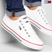 /achat-baskets-basses/tommy-hilfiger-jeans-baskets-classic-long-lace-em0em00393-white-188431.html