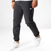 /achat-pantalons-joggings/reebok-pantalon-jogging-classic-vector-ev4595-noir-188583.html