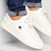 /achat-baskets-basses/champion-baskets-court-club-patch-s21126-white-189008.html