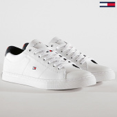 /achat-baskets-basses/tommy-hilfiger-baskets-essential-leather-collar-vulcan-fm0fm02577-white-189407.html