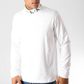 /achat-t-shirts-manches-longues/calvin-klein-tee-shirt-manches-longues-col-roule-monogram-3684-blanc-189492.html