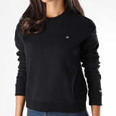 https://www.laboutiqueofficielle.com/achat-sweats-col-rond-crewneck/calvin-klein-sweat-crewneck-crop-femme-2500-noir-190055.html