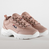 /achat-baskets-basses/fila-baskets-femme-strada-low-1010560-rose-smoke-190085.html