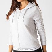 /achat-sweats-zippes-capuche/guess-sweat-zippe-capuche-femme-o94q08-fl025-gris-chine-190142.html