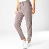 /achat-pantalons-carreaux/only-pantalon-carreaux-femme-poptrash-easy-houndstooth-beige-noir-bordeaux-190211.html