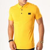 /achat-polos-manches-courtes/antony-morato-polo-manches-courtes-abbigliamento--mmks01419-jaune-moutarde-190459.html