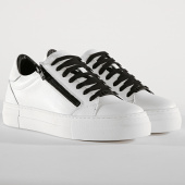 /achat-baskets-basses/antony-morato-baskets-01210-white-190506.html
