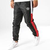 /achat-pantalons-joggings/umbro-pantalon-jogging-a-bandes-729710-60-noir-191904.html
