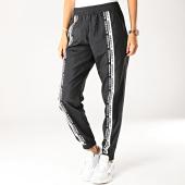 /achat-pantalons-joggings/adidas-pantalon-jogging-femme-ed7415-noir-blanc-192202.html