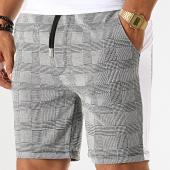 /achat-shorts-jogging/aarhon-short-jogging-carreaux-avec-bandes-19-047-gris-blanc-noir-192433.html