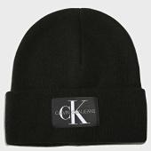 /achat-bonnets/calvin-klein-bonnet-basic-4934-noir-193095.html