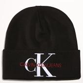 /achat-bonnets/calvin-klein-bonnet-femme-basic-5818-noir-193100.html