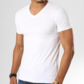 /achat-t-shirts/teddy-smith-tee-shirt-col-v-tawax-blanc-193070.html