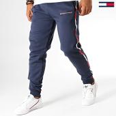 /achat-pantalons-joggings/tommy-sport-pantalon-jogging-a-bandes-fleece-0294-bleu-marine-blanc-rouge-193105.html